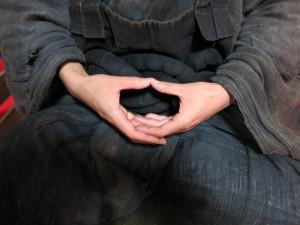 【コラム】坐禅あるある 第7炷 『印の組み方(法界定印)』